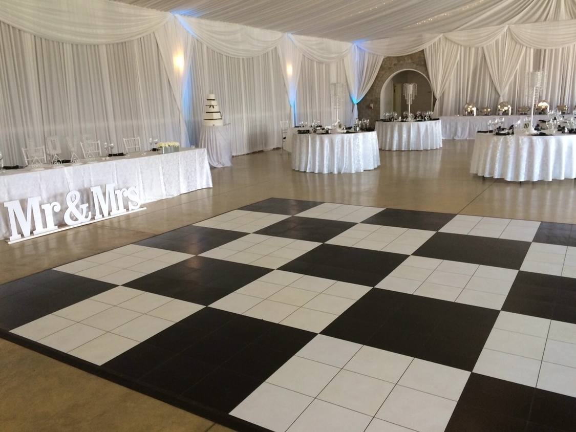 Dance Floor Hire | Portable Dance Floor | Nelsons Creek Wine Estate
