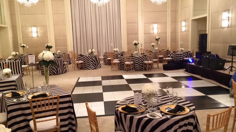 Black & White Checkered | Dance Floor Hire