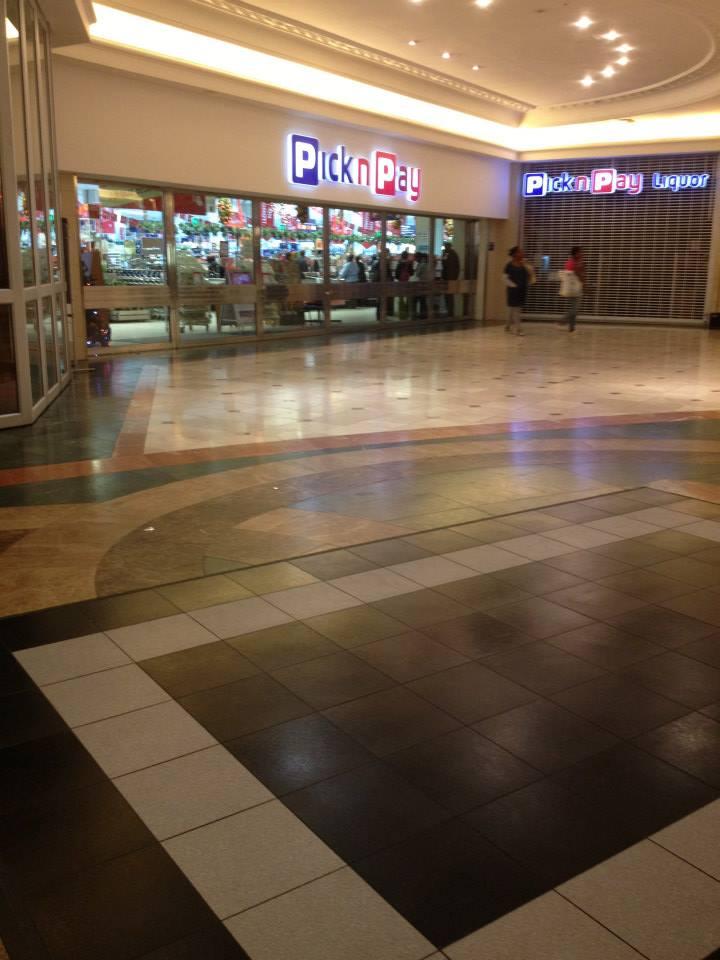 Exhibtion Flooring |White & Black Style dance floor